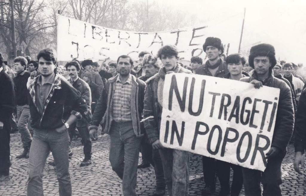 Revolutia Nu trageti in popor 1024x658